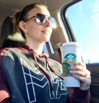 It's Monday morning and the temps were pretty low this morning so I decided it was a good day to use my free Starbucks drink reward. Yep, I can still have coffee on my diet plan. It's actually encouraged but I use 2% milk and no added sugars. Since it was free I of course got a Venti! 🤷🏻‍♀️ Happy Monday! 💕 . . . . . #blogger #heartandstripesblog #militarylife #militarywife #veteran #sahm #momlife #hustlehard #coffeeholic #bookworm #militaryspouse